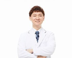医療脱毛専門医師